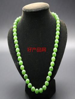 和田碧玉菠菜绿串珠项链
